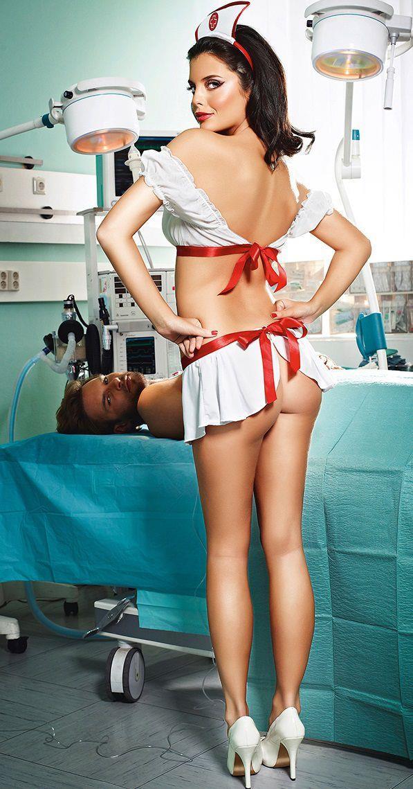 С медсестрой фото